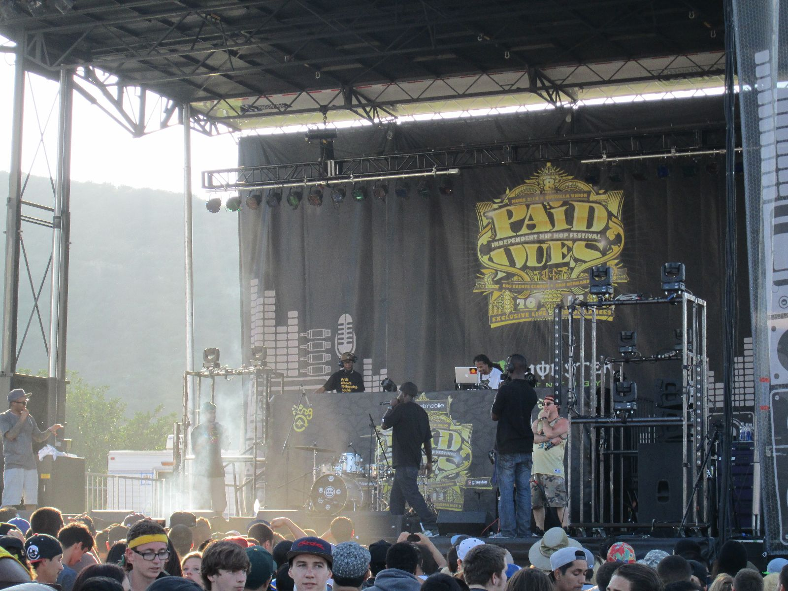 Paid Dues 2013 Stage